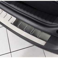 Honda CR-V 4 ab BJ. 2012-03/2015 Edelstahl Ladekantenschutz mit 3D Profil und Abkantung