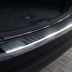 Volvo V60 ab Baujahr 2010- Edelstahl Ladekantenschutz mit 3D Profil und Abkantung