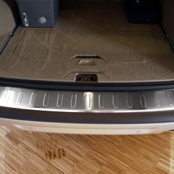 Volvo XC70 ab Baujahr 2013- (FL) 3D Profil Edelstahl Ladekantenschutz mit Abkantung