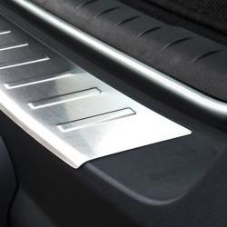 Volvo XC70 I Facelift Edelstahl Ladekantenschutz mit 3D Profil und Abkantung